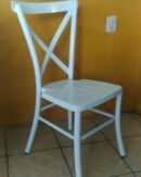 Silla crossback apilable de metal